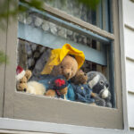 Bloomington Neighborhood Organizes Teddy Bear Hunt
